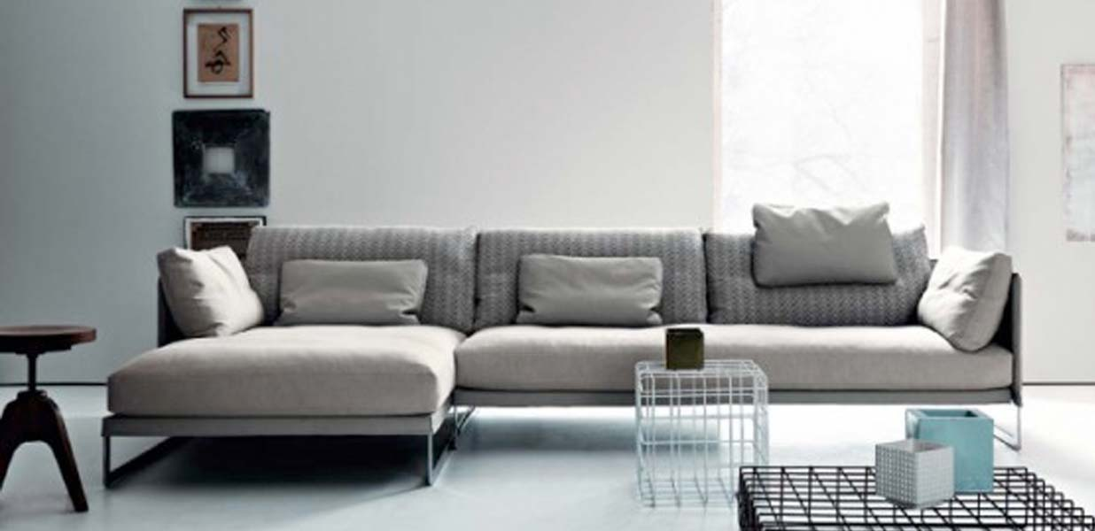LIVINGSTON SOFA